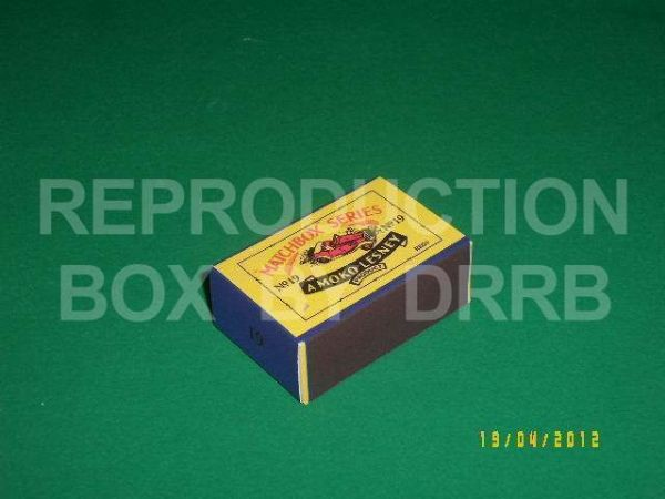 Matchbox 1-75 #19 M.G. Midget 'TD' Sports Car - Reproduction Box